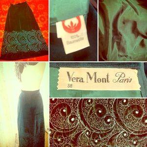 🦚Vintage Vera Mont Paris Green Velvet Skirt🦚